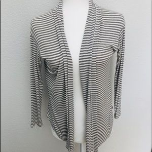 "Splendid Grey & White Striped 3/4"" Sleeve Cardigan"